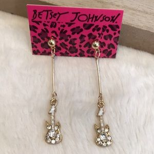 Super Cool Betsey Johnson Guitar Earrings!
